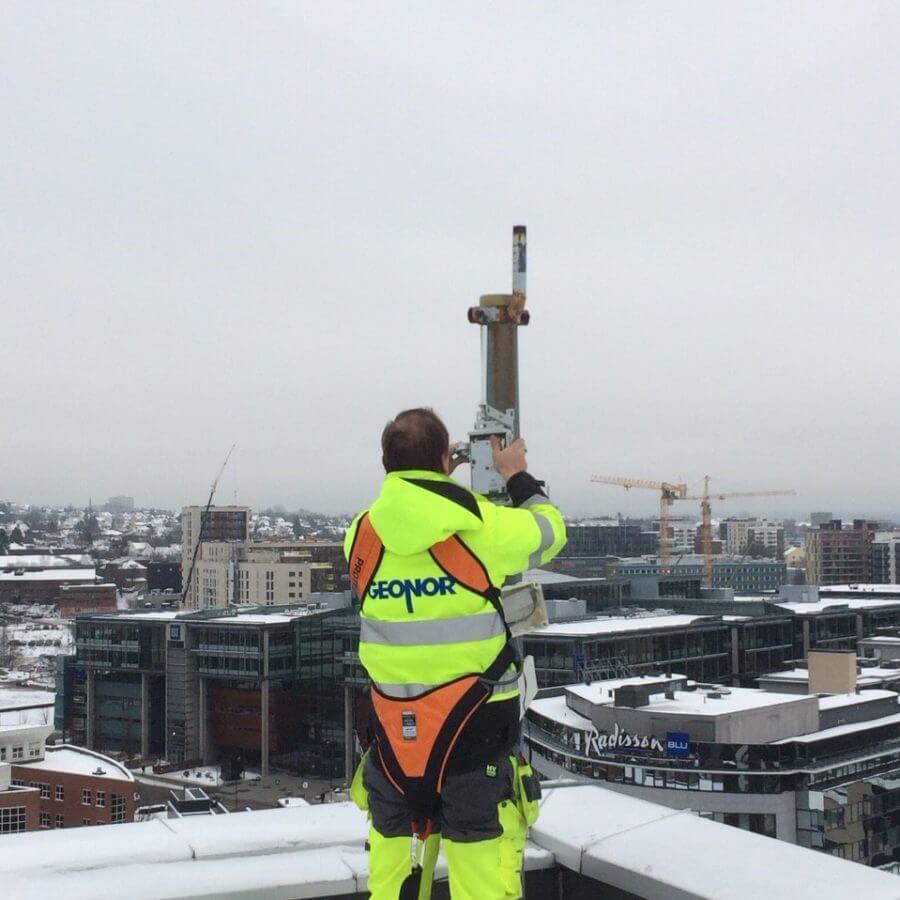 Loadsensing Wireless monitoring of a construction
